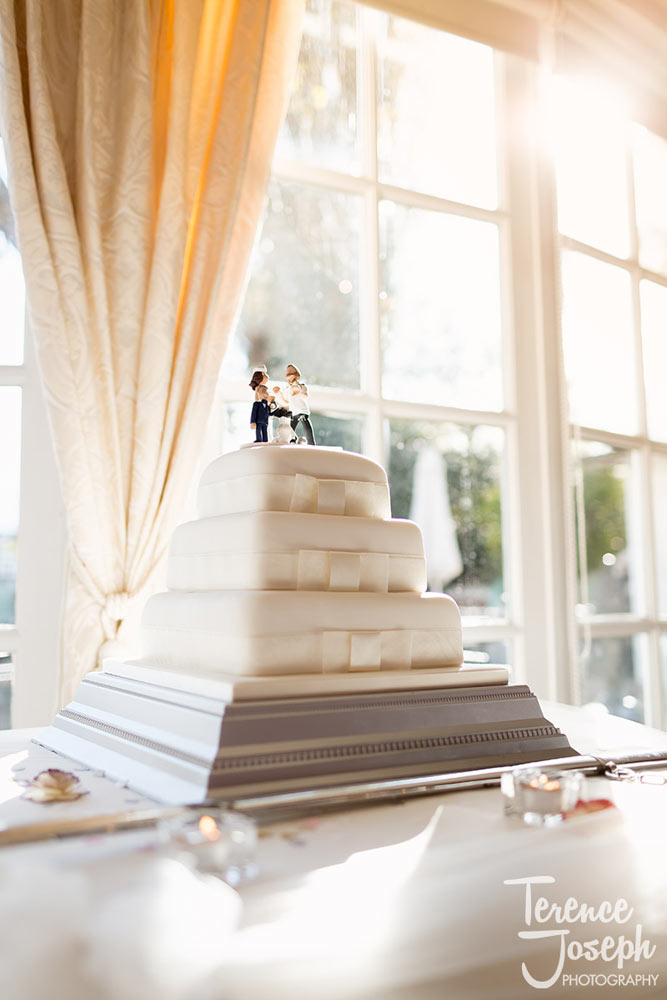 Wedding cake at Charlton Mitre Hotel wedding breakfast