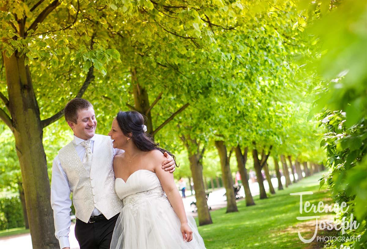 Regents_Park_Engagement_Photographer