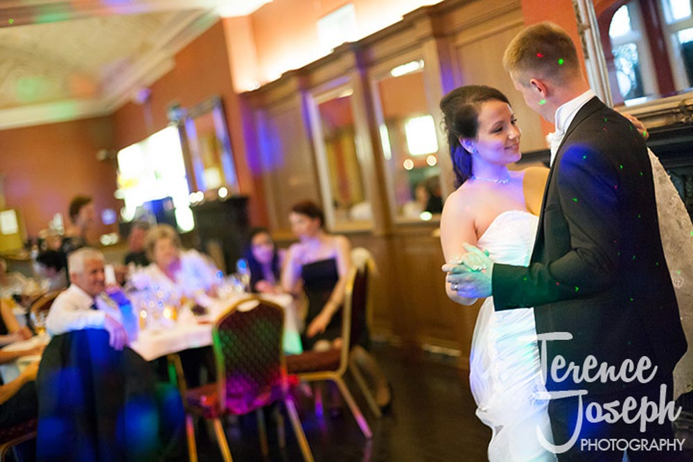 Lovely first dance at Crown Moran Hotel Cricklewood
