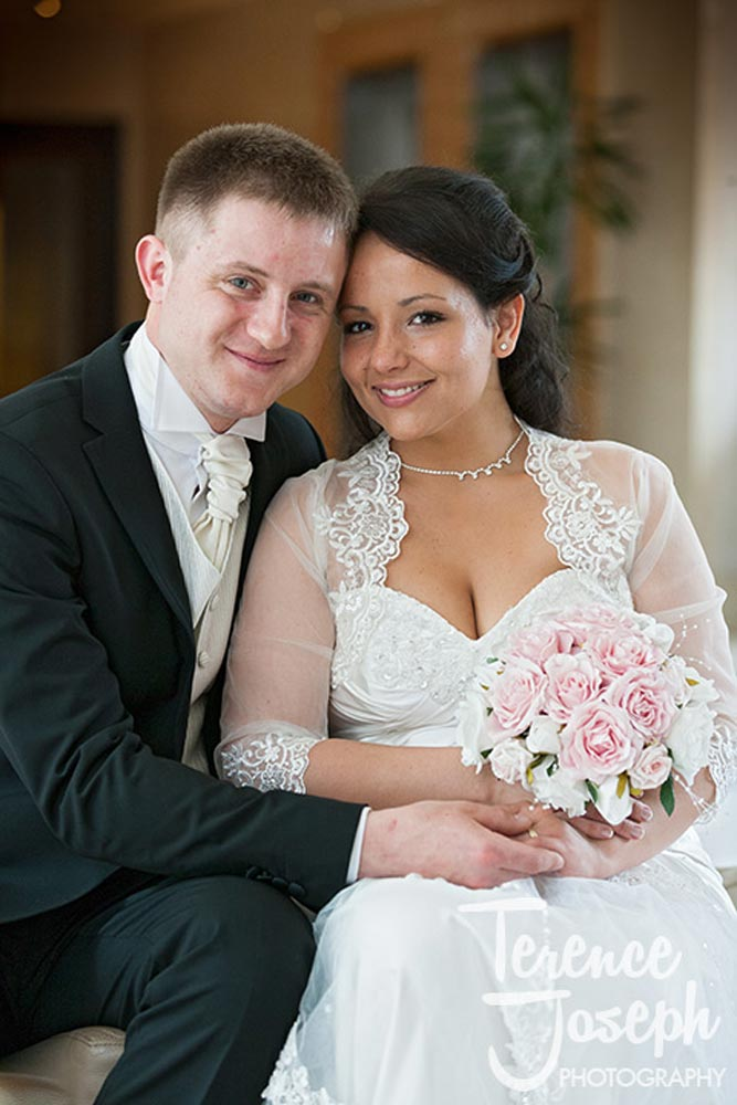 Beautiful bride and groom portraits in Hotel London