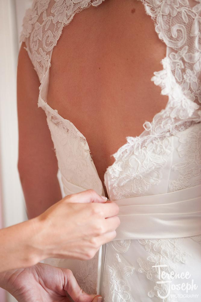 Beautiful lacing in wedding dress