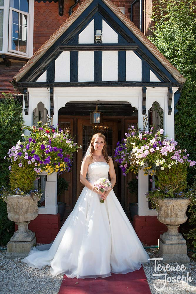Wedding couple photos at Trunkwell House