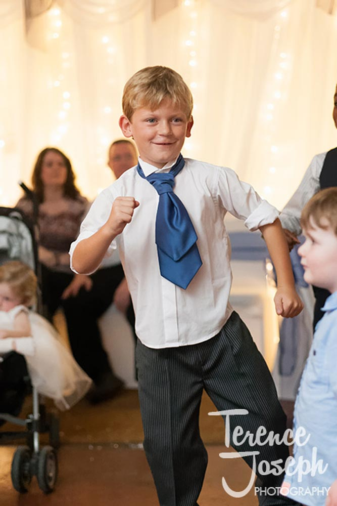 Kids love dancing in wedding
