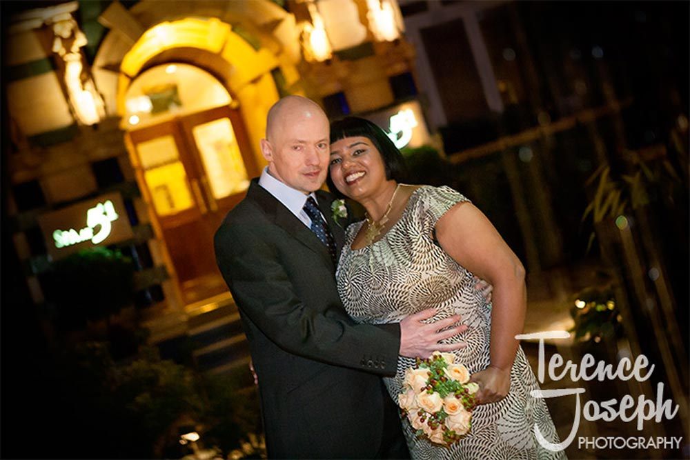 Outdoor wedding portraits at St James' Court London