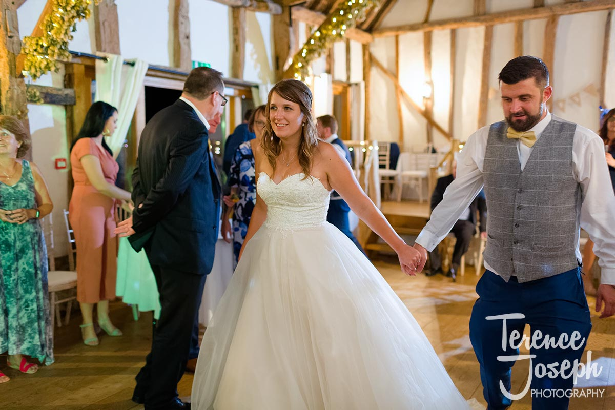 Crown_Inn_Pishill_Barn_Wedding